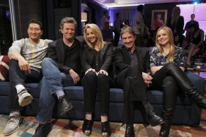 Lisa Kudrow, Matthew Perry, Martin Short, Kristen Bell, and Daniel Dae Kim in Hollywood Game Night (2013)