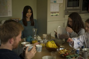 Tom Goodman-Hill, Gemma Chan, Pixie Davies, and Lucy Carless in Humans (2015)
