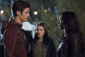 Grant Gustin, Candice Patton, and Violett Beane in The Flash (2014)