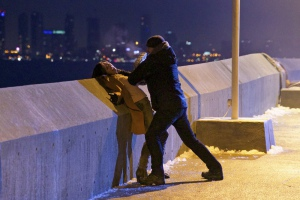 Natalie Brown and Corey Stoll in The Strain (2014)