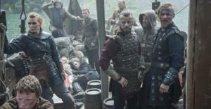 Peter Franz?n and Jasper P??kk?nen in Vikings (2013)