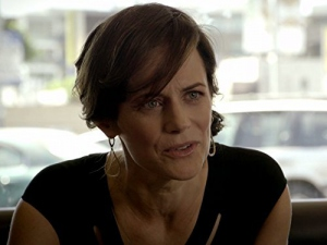 Sarah Clarke in Bosch (2014)