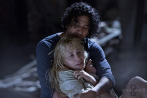 Daryl Hannah and Naveen Andrews in Sense8 (2015)