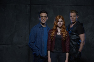 Katherine McNamara, Dominic Sherwood, and Alberto Rosende in Shadowhunters: The Mortal Instruments (2016)