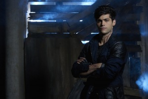 Matthew Daddario in Shadowhunters: The Mortal Instruments (2016)