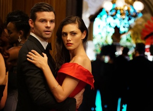 Daniel Gillies and Phoebe Tonkin in The Originals (2013)